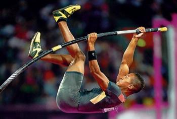 Raphael Holzdeppe, Olympia-Medaillengewinner 2012, will ab kommender Saison in München trainieren